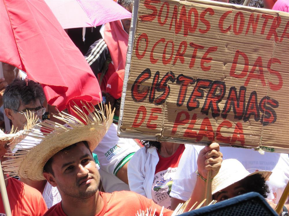 Ato da Asa Brasil no Rio São Francisco em Petrolina mobilizou mais de 40 mil pessoas pela vida no semiárido